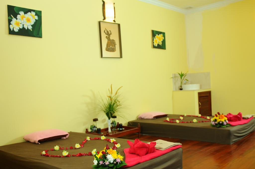 KHMER TRANDITIONAL MASSAGE